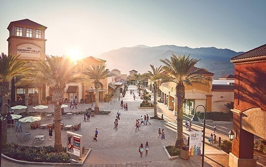desert hills premium outlets - hero - local message image