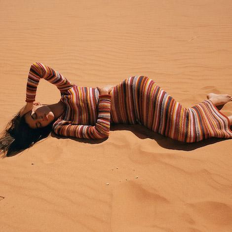 desert hills - promo - chloe image