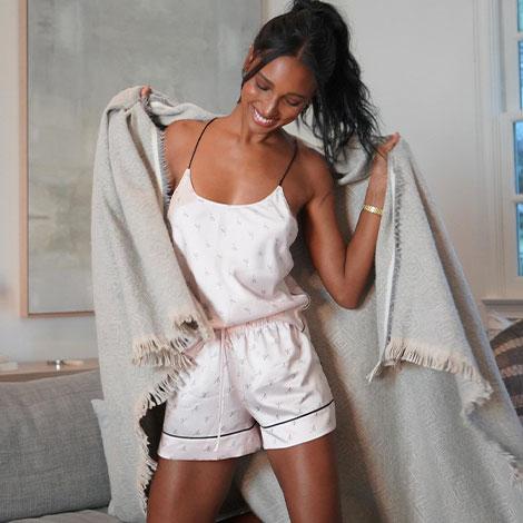 Round Rock PO - promo - Victoria's Secret image