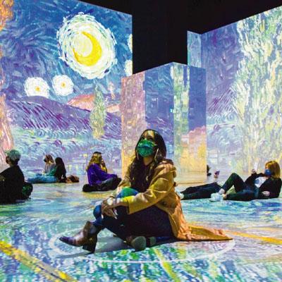 Crystals - Spot 1 - Immersive Van Gogh - Copy image