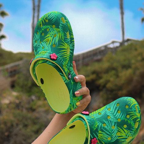 Tampa PO - Promo - Crocs - Copy image