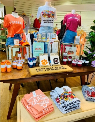 Get Gameday Ready at Fiore Boutique!