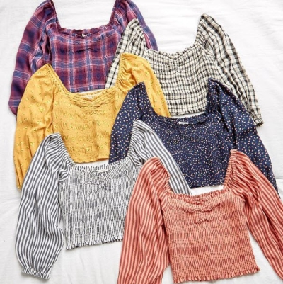 25% Off Tops at AEO